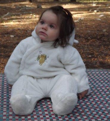 אגם בת לנוגה וגלעד לזר. יולדה ב - 8.6.2012