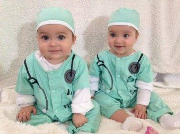 דנה ונועה שניר נולדו לורד ונמרוד ביום 12.7.2015