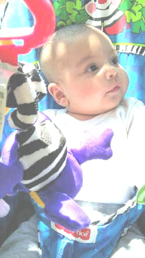 לירי עמית נולדה לקרן ואבירם ביום 4.2.2016